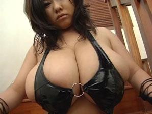 Fuko giant tits
